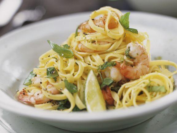 limetten pasta mit garnelen rezept eat smarter. Black Bedroom Furniture Sets. Home Design Ideas