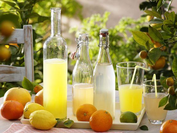 Limo mit Zitrusfrüchten
