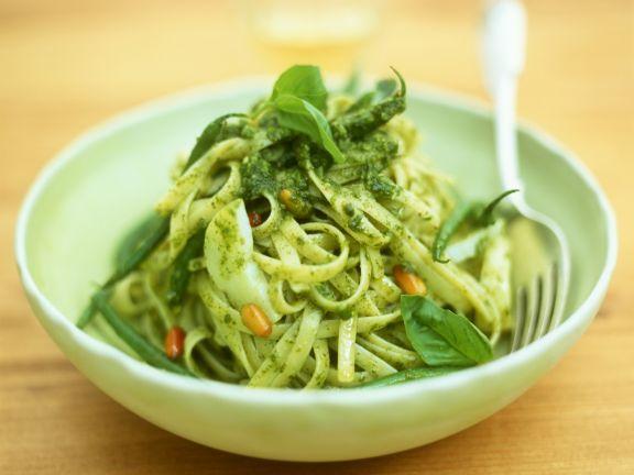 Linguine mit Pesto