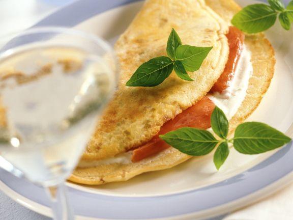 Luftiges Omelett mit geräuchertem Lachs