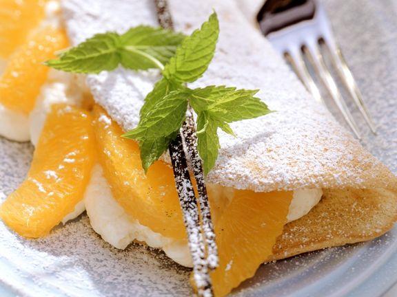 Luftiges Omelett mit Orangencreme