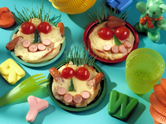 Lustige Pfannkuchengesichter