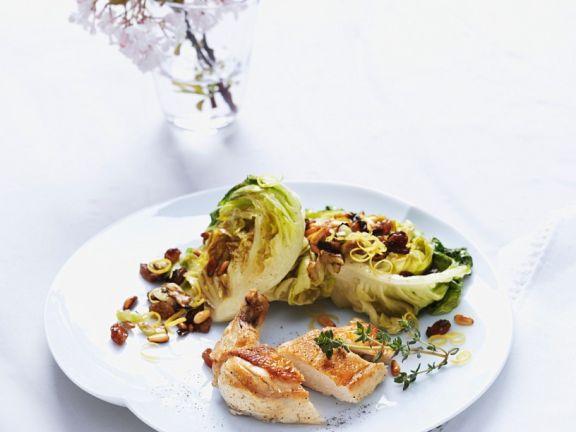 Maispoularde mit gedünstem Salat