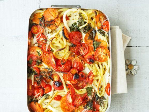 Makkaroni-Auflauf mit Tomaten und Kräutern