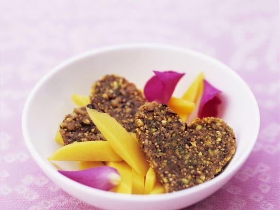 Mango-Rosen-Salat mit Feigen-Herzen