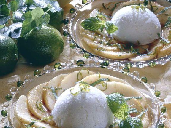 Marinierter Pfirsich mit Eis
