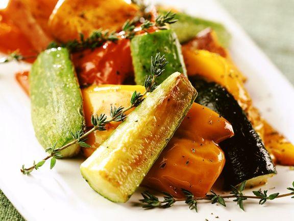 Mariniertes gebratenes Gemüse