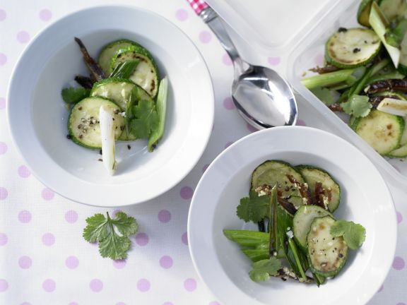 Mariniertes Ingwer-Zucchini-Gemüse