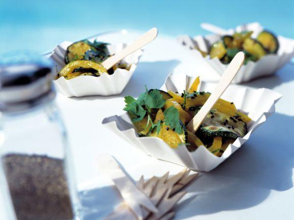 Mariniertes Zucchini-Paprika-Gemüse
