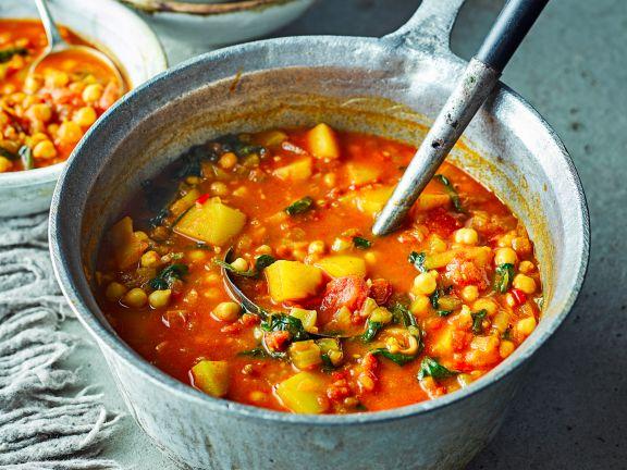 Marokkanische Gemüsesuppe mit Kichererbsen