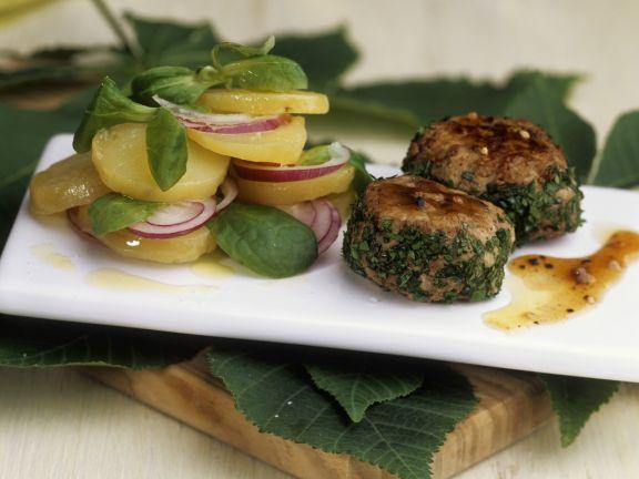 Maronenbratlinge mit Kartoffel-Rapunzel-Salat