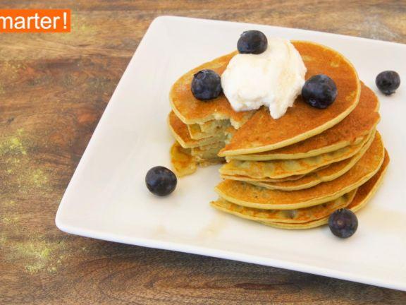 Matcha-Ricotta Pancakes