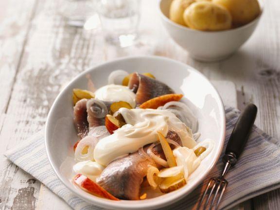 Matjes mit Kartoffeln, Apfel und Zwiebel