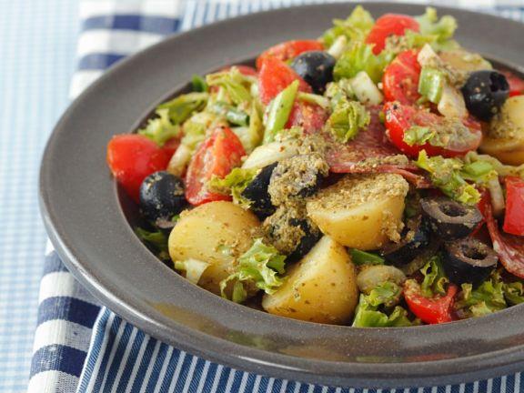 Mediterraner Kartoffelsalat mit Pesto