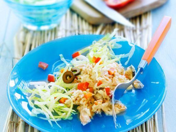 Mediterraner Thunfischsalat Rezept | EAT SMARTER
