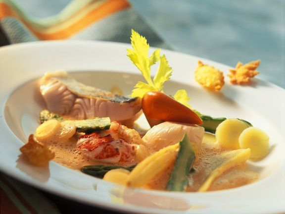 Meeresfrüchte mit Schaumsauce