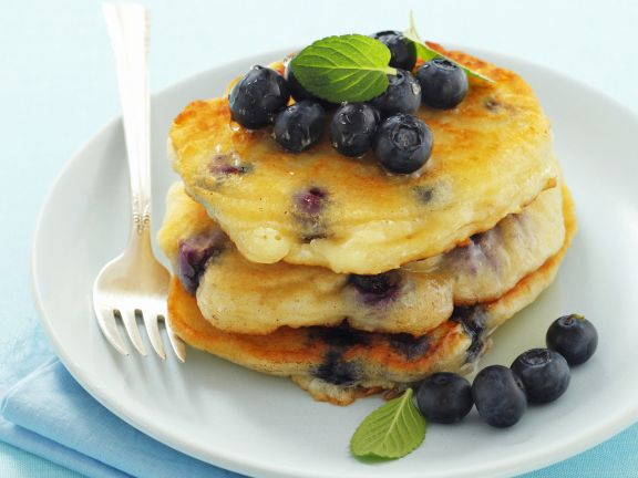 Mini-Pancakes mit Blaubeeren