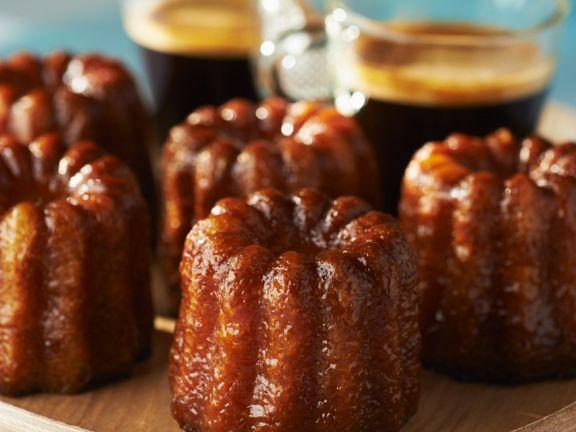 Minikuchen mit Vanille und Rum