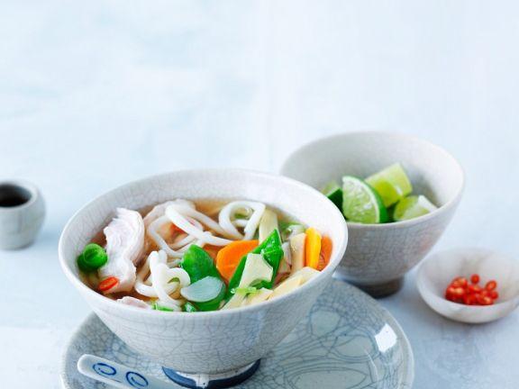 Miso-Gemüse-Suppe mit Hähnchen