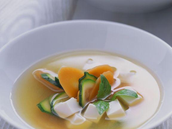 Misosuppe mit Tofu und Gemüse