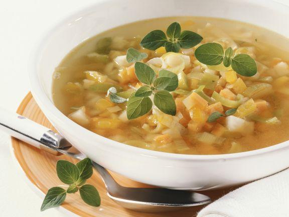 Möhren-Kohlrabi-Suppe