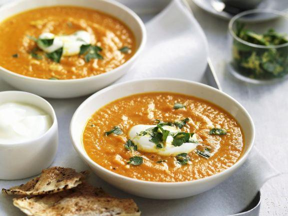 Möhren-Süßkartoffel-Suppe