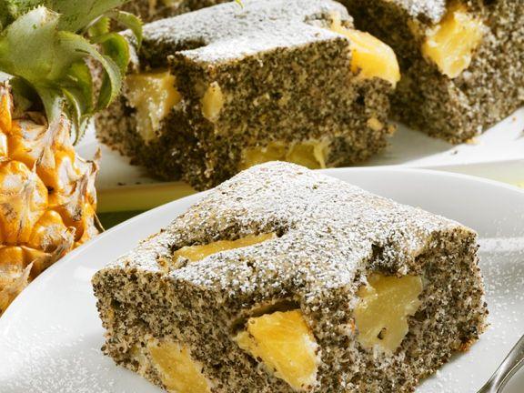 Mohnkuchen mit Ananas