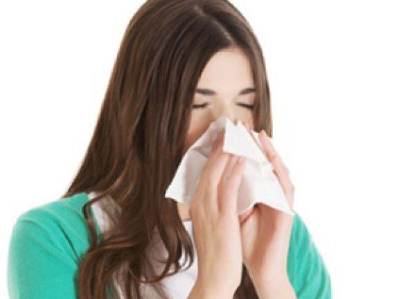 Mononatriumglutamat kann bei Allergigern Niesattacken auslösen. © Piotr Marcinski - Fotolia.com