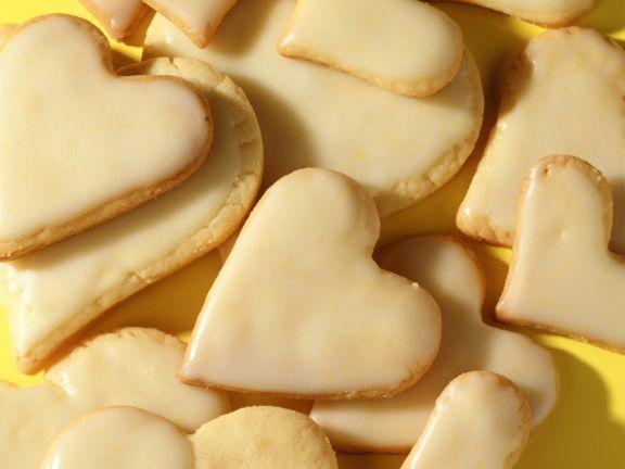 Mürbeteig-Zitronen-Herzen