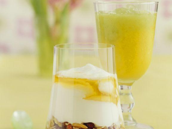 Müsli mit Joghurt