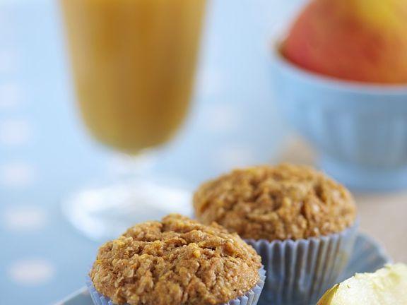 Muffins mit Apfel und Möhre