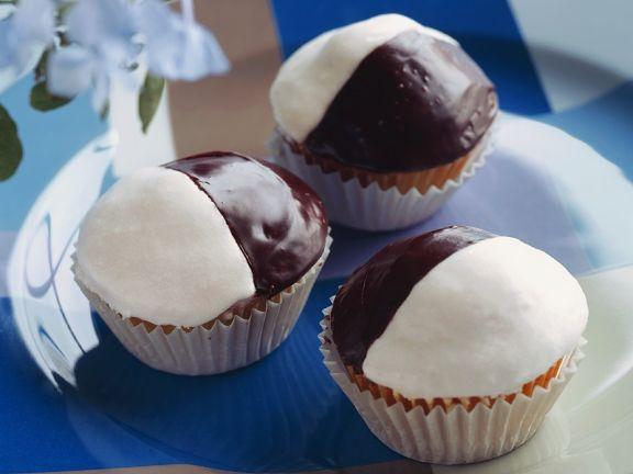 Muffins mit Schokoglasur