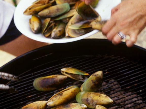 Muscheln vom Grill