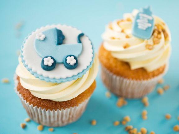Niedliche Muffins zur Babyparty