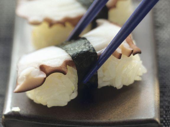 Nigiri-Sushi mit Oktopus