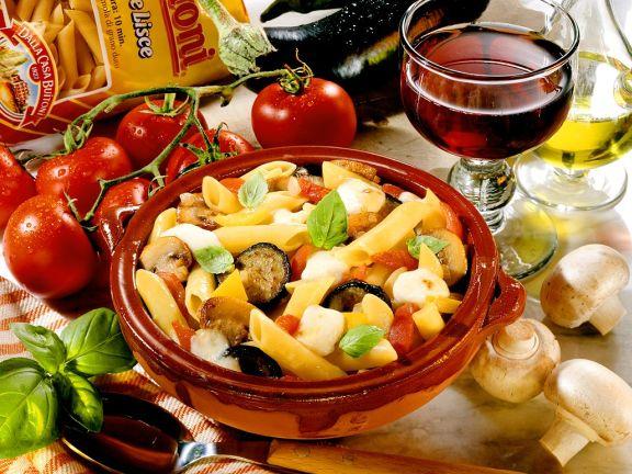 Nudeln mit Gemüse im Ofen gebacken