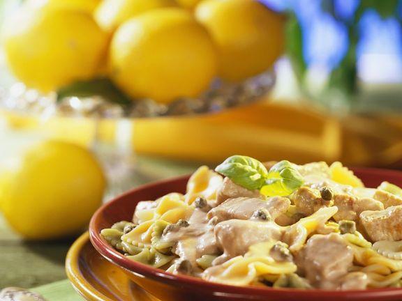 Nudeln mit Kalbfleisch und Thunfischsauce