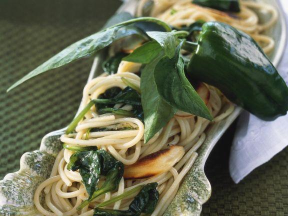 Nudeln mit Spinat