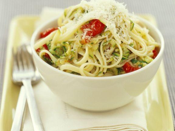 Nudeln mit Zucchini