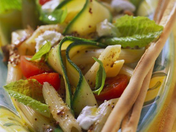 Nudelsalat auf italienische Art
