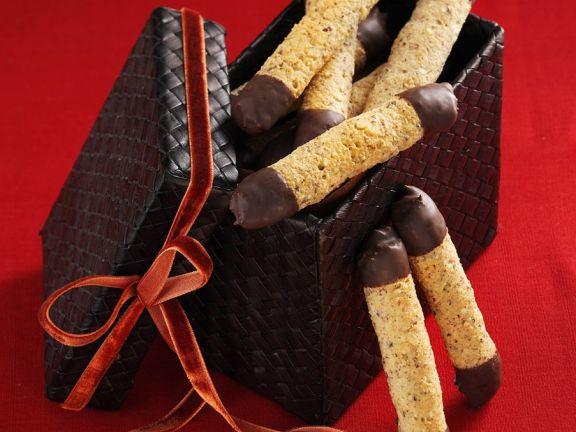 Nussgebäck mit Schokolade