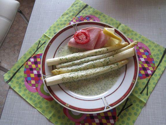 Ofen-Spargel mit Kräutersahne