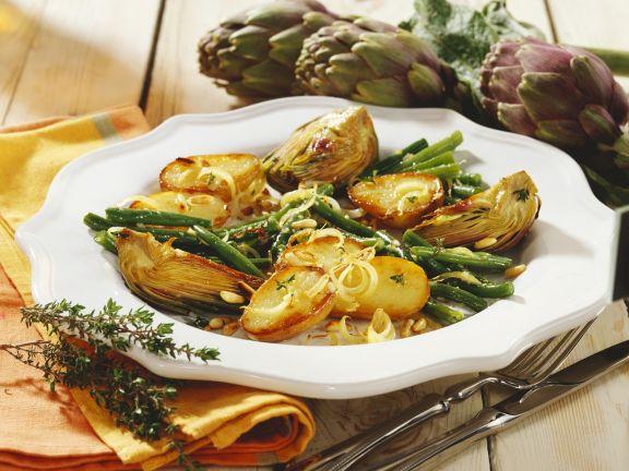 Ofenkartoffeln mit Artischocken und grünen Bohnen
