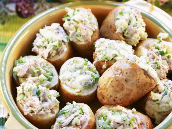 Ofenkartoffeln mit Thunfischfüllung