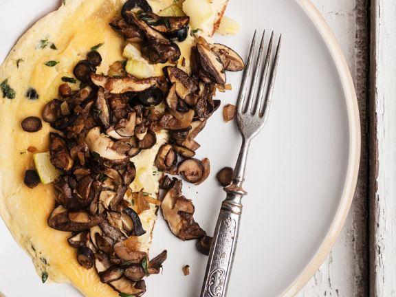 Omelette mit frischen Pilzen