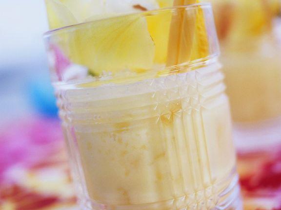 Orangen-Rum-Kokos-Cocktail Rezept | EAT SMARTER