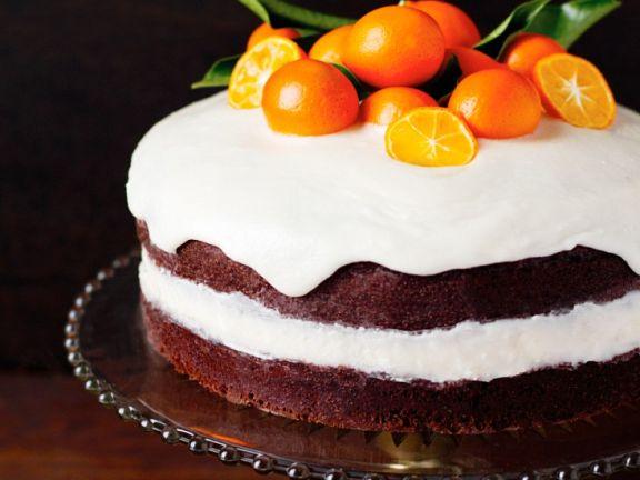 Orangen-Sahnetorte mit Zuckerglasur