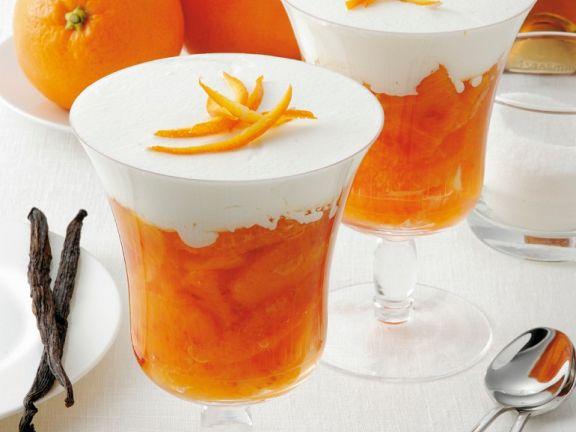 Orangendessert mit Vanillesahne