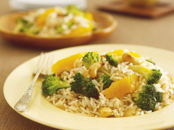 Orientalische Reispfanne mit Brokkoli