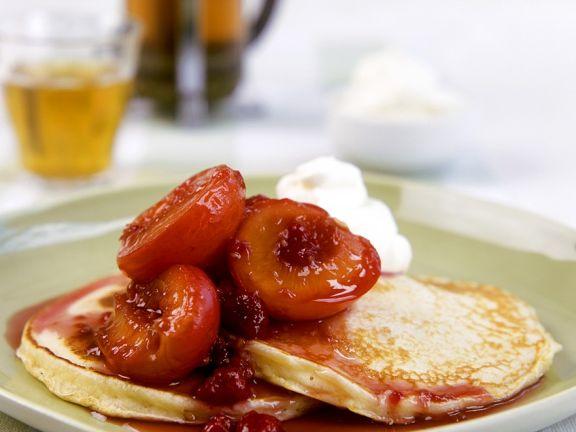 Pancakes mit Kompott